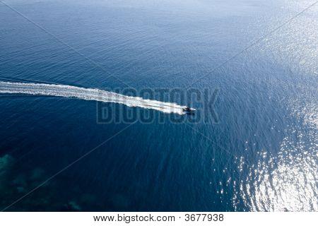 Vista aérea de lancha