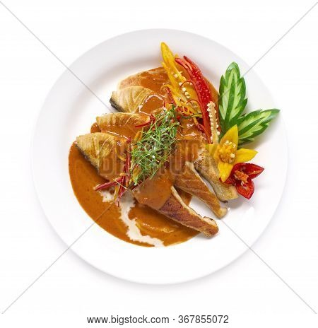 Red Curry With Salmon In Coconut Milk Sauce