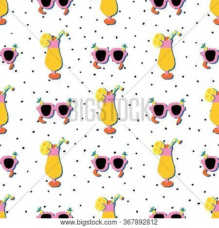 Sunglasses And Summer Cocktails Seamless Vector Pattern. Papercut Collage Style Tropical Cocktails A