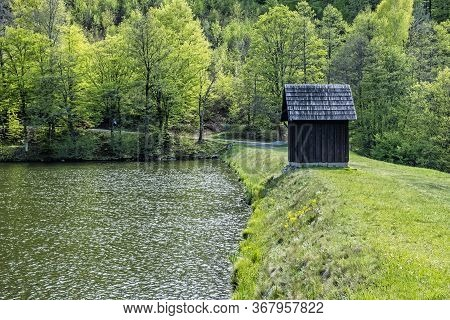 Halcianske Lake In Stiavnica Mountains, Slovak Republic. Seasonal Natural Scene. Hiking Theme.
