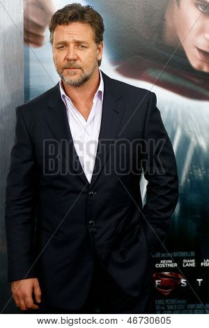 """NEW YORK-JUNE 10: Actor Russell Crowe attends the world premiere of """"Man of Steel"""" at Alice Tully Hall at Lincoln Center on June 10, 2013 in New York City."""