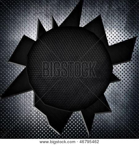 placa de metal com buraco de bala grande