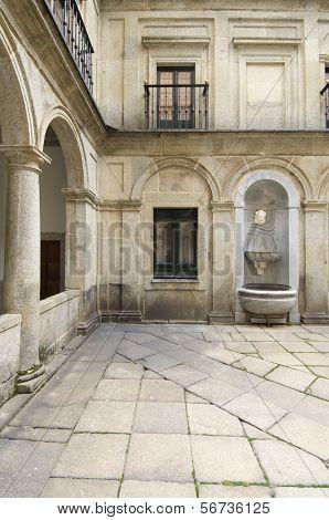 Courtyard of the fountainheads; Royal Monastery of El Escorial; San Lorenzo de El Escorial; Madrid; Spain