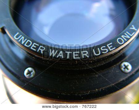 Underwater lens