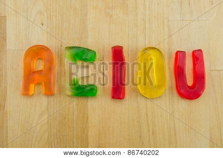 Gummy Words Vowels