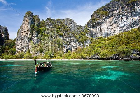 Snorkeling Point at Phi-Phi Island