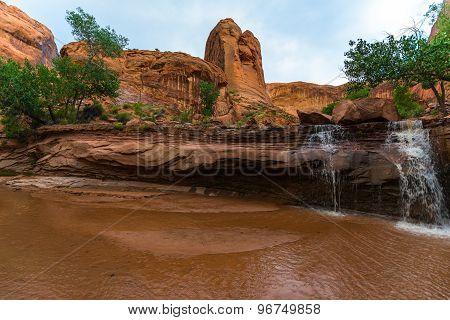 Coyote Gulch Lower Waterfall