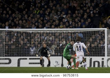 LONDON ENGLAND, November 11 2010: Tottenham's midfielder Luka Modric runs at the Werder Bremen goal during the UEFA Champions League match between Tottenham Hotspur FC and Werder Bremen,