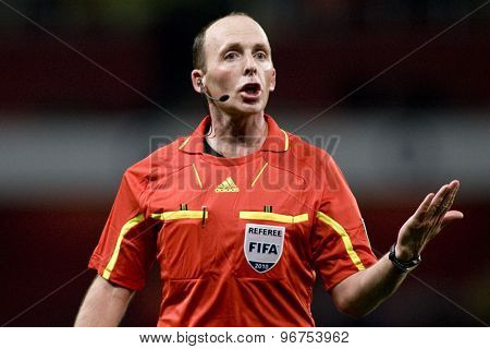 LONDON, ENGLAND. March 02 2010: Referee Mike Dean during the international football friendly between Brazil and the Republic of Ireland played at the Emirates Stadium.