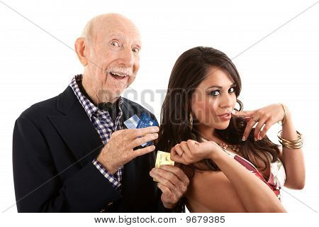 Reichen älteren Mann mit Goldgräber-Begleiter oder Frau
