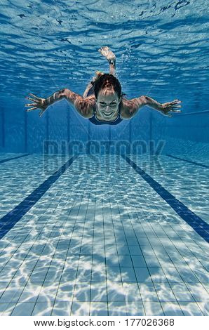 Female Smiling Underwater