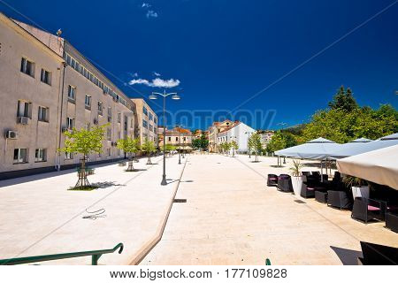Town Of Drnis Central Square View