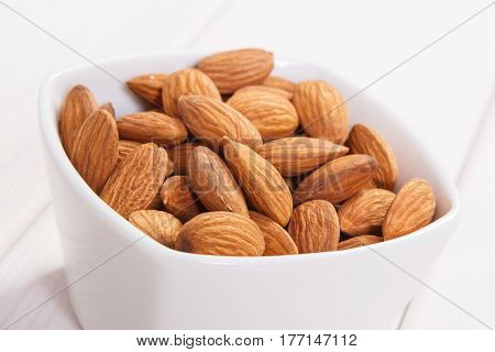 Almonds Containing Zinc And Dietary Fiber, Healthy Nutrition
