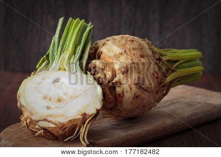 Fresh Raw Celeriec