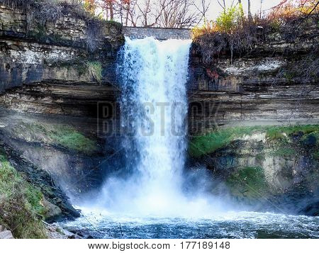Minnehaha Falls In The Autumn