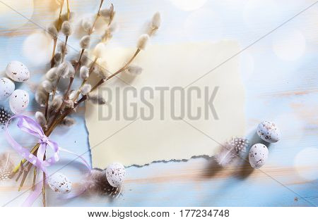 Spring flowers and easter eggs. Happy Easter Background