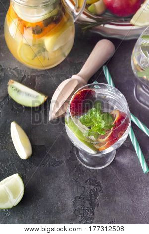 Summer soft flow with mint lime and ice