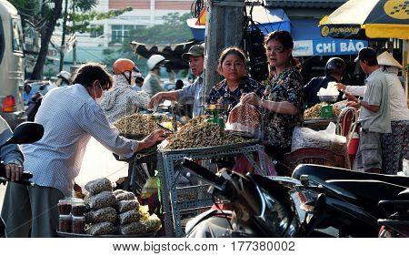 Vietnamese Street Vendor Sell Peanut