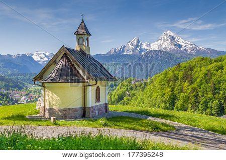 Beautiful view of famous Chapel at Lockstein with mount Watzmann in the background Berchtesgaden Nationalpark Berchtesgadener Land Bavaria Germany