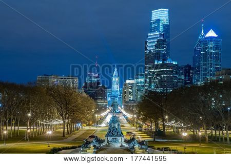 Night skyline of Philadelphia from the Art Museum looking down the Benjamin Franklin Parkway