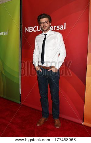 LOS ANGELES - MAR 20:  Francois Arnaud at the NBCUniversal Summer Press Day at Beverly Hilton Hotel on March 20, 2017 in Beverly Hills, CA