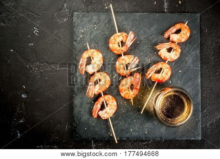 Fried Grilled Shrimp Prawns With White Wine