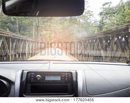 Be careful when driving in narrow bridges