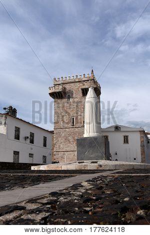 Tres Coroas ,(three Crowns) Tower, Estremoz, Alentejo Region, Portugal