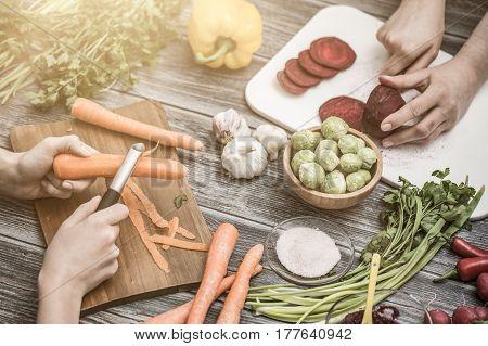 cooking chef chop cut food prepare vegetables women salad cutting chopping