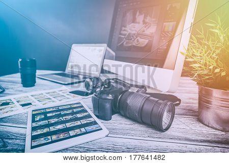 photographer camera editor monitor design laptop photo screen photography