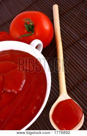 Ketchup-Tomato Paste