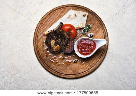 Fried Rib Meat, Pita Bread, Tomato, Onion, Garlic, Ketchup, Thyme