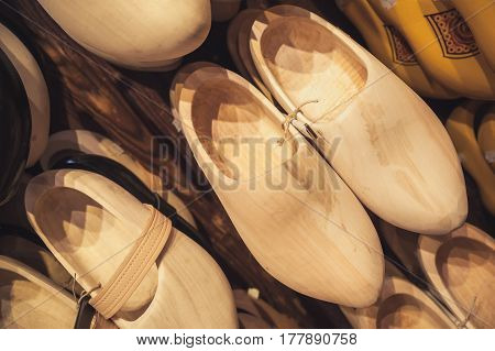 Uncolored Clogs Made Of Poplar Wood
