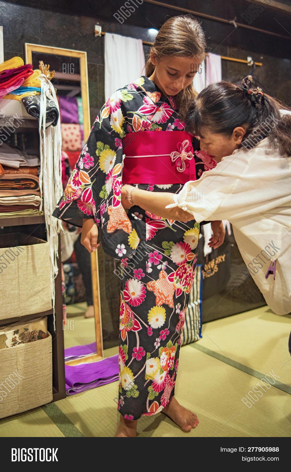 ca0fabc7b5aa4 Pretty Girl Kimono. Image & Photo (Free Trial) | Bigstock