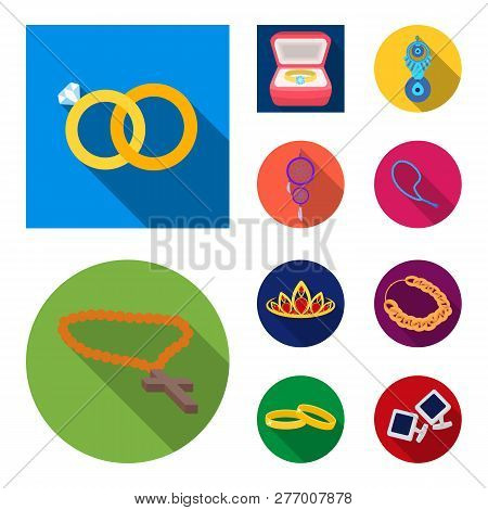 Vector design of jewelery and necklace sign. Set of jewelery and pendent vector icon for stock. poster
