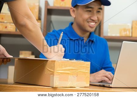 Employees Receive Parcels From Customers And Writing Addresses For Shipping Products, Express Counte