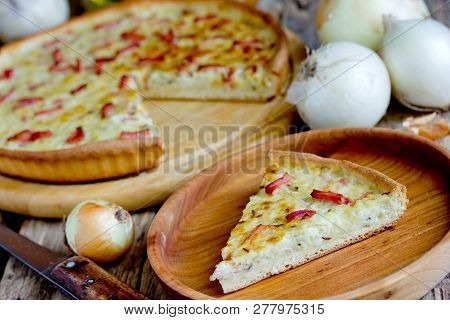 Traditional German Onion Cake Zwiebelkuchen, Onion Pie With Ham On Thin Dough