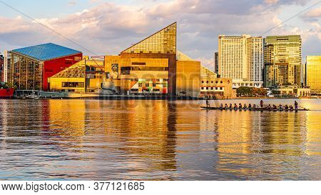 Baltimore, Maryland, Us - September 4, 2019 View Of Baltimore Harbor With Boat Of Baltimore Dragon B
