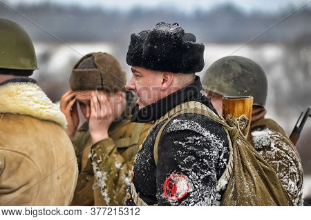 : Soviet Soldiers Of World War Ii. Military-historical Reconstruction Of The Battle, Which Lifted Th