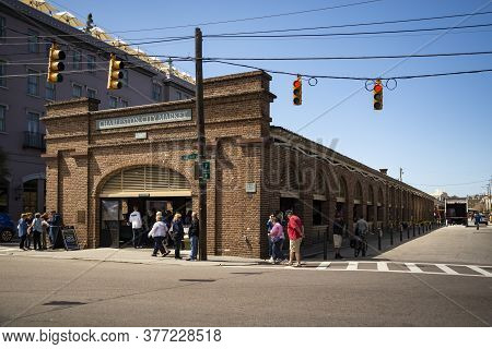 Charlestone, South Carolina, Usa - March 28, 2019: The Historic Charleston City Market. As One Of Th