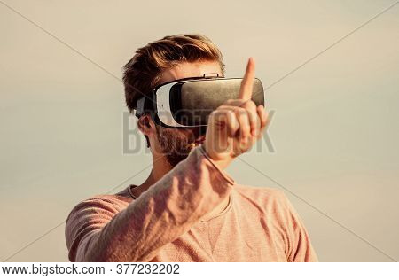 Vr Communication. Man Explore Vr Sky Background. Vr Technology And Future. Exciting Impressions. Ges