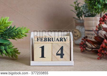 February 14, Vintage Natural Calendar Design With Number Cube.
