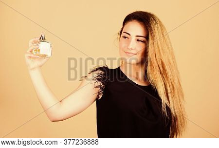 Pick Perfume. Scented Water Concept. Beauty Product. Wearing Fragrance Is Easy. Spray Perfume On Pul