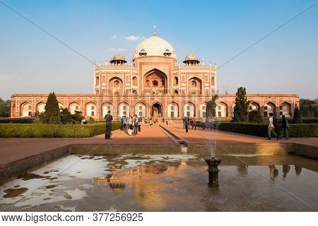 New Delhi, India, March 11 2017. View Of Humayuns Tomb The Tomb Of The Mughal Emperor Humayun. An Ex