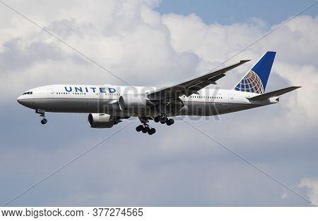 London / United Kingdom - July 14, 2018: United Airlines Boeing 777-200 N785ua Passenger Plane Landi