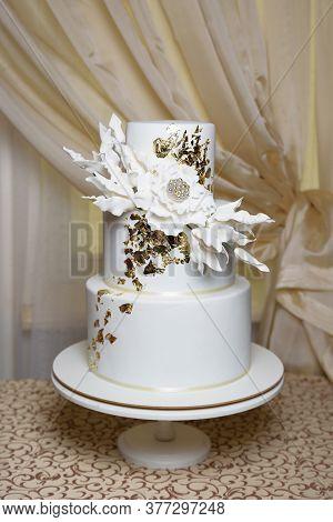 Wedding Cake Of Three Tiers Of White Mastic