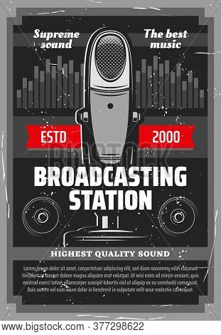 Broadcasting Station Vector Design Of Music Radio And Podcast Recording. Vintage Table Microphone, L