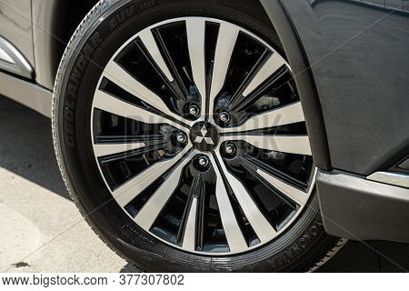 Novosibirsk/ Russia - July 04 2020:mitsubishi Outlander, Car Wheel With Alloy Wheel And New Rubber O