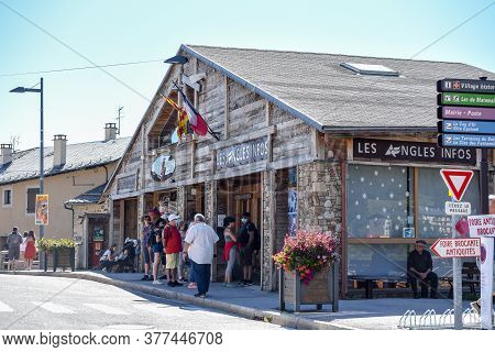 Les Angles, France : 2020 July 19 : People Wait In Tourism Ofiice In Summer On Les Angles Ski Resort