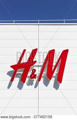 Creches, France - May 28, 2020: H & M Logo On A Facade. H & M Is A Swedish Multinational Retail Clot